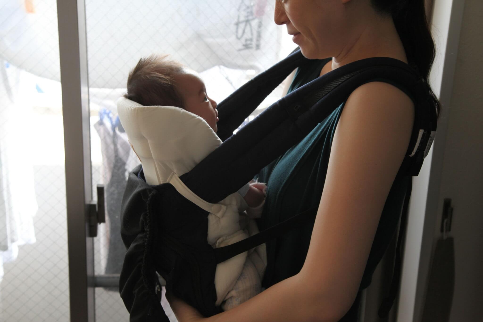 新生児からnapnap(ナップナップ)の抱っこ紐を使ってみた